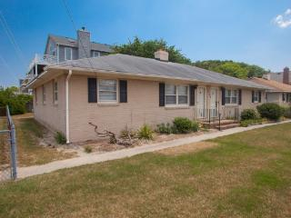 7709A Atlantic Ave, Virginia Beach