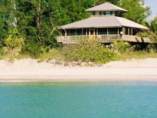 Coconut Hideaway: Gulf-Front Dream House!, Little Gasparilla Island