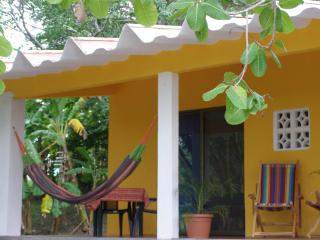 Playa Corona - Cozy Casita for Two, San Carlos