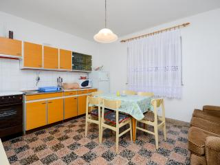 Apartment Milan - 68061-A1, Senj
