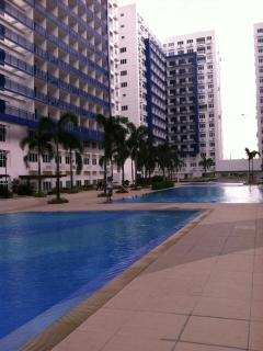 You will have access to 4 swimming pools.