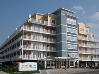 Beach Block Condo with Ocean View, Wildwood Crest