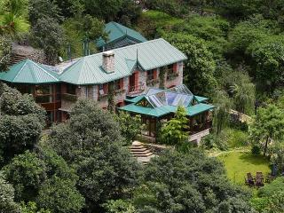 Exclusive Private Estate & Villa Rental - Kumaon, Nainital