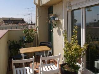 1 Bedroom apartment Atico Sol with terrace, Madri