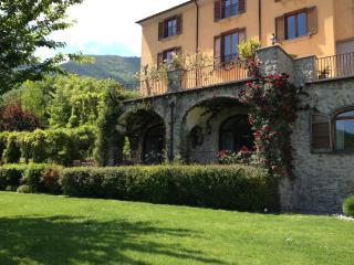 Wonderful B&B in ancient villa with garden