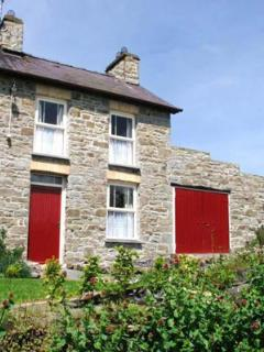 Painstakingly renovated Beautiful old Stone Cottage