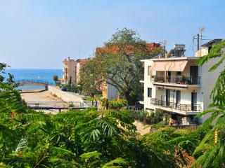 Eva Apartments - private family apartments near to the sea, Limenaria