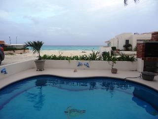 VILLA HERMOSA IN PLAYACAR FASE1, OCEAN VIEW 4BEDR, Playa del Carmen