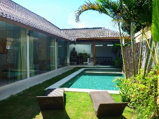 Seminyak New Chic 3 Bed/3 Bath