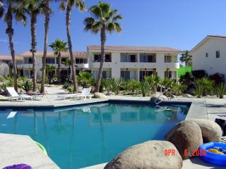 Small friendly complex on the Beach - VIVA, San José Del Cabo