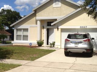 Beautiful House with WiFi, located near Disney, Kissimmee