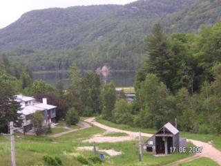 Golf Ski a Les Retraites sur le Lac a Mont Ste-Marie Room only or condo w/3 bdrm