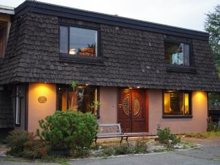 Salish Sea Beach House B & B