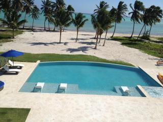 Spectacular Cap Cana Beachfront Villa-full Staff