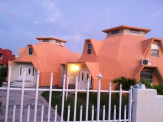Unique Dome Shaped Villa, Frigate Bay