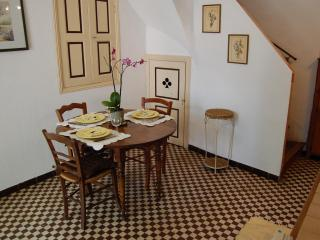 4 Km From  Canal Du Midi , Charming House  For You!!