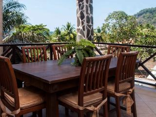Bahia Encantada 3E 3rd Floor Garden View, Jaco