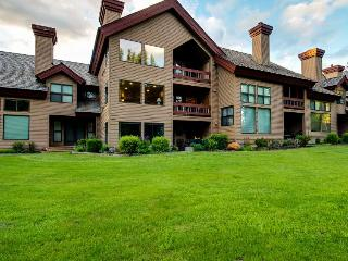 Riverfront condo with shared pool, surrounded by beauty, McCall