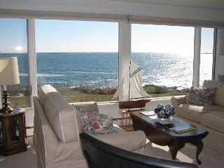 Popples Cove House: Private & serene waterfront setting, Rockport