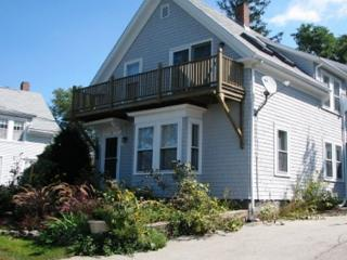 Helena House: Bright & cheery --  just 0.7 miles from Plum Cove Beach., Gloucester