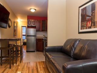 Sleeps 5! 2 Bed/1 Bath Apartment, Times Square, Awesome! (8340), Nueva York