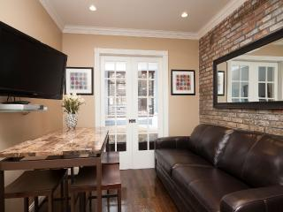 Sleeps 3! 1 Bed/1 Bath Apartment, Chelsea, Awesome! (8407)