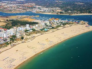 Praia da rocha , 2 min walk from the beach., Praia da Rocha
