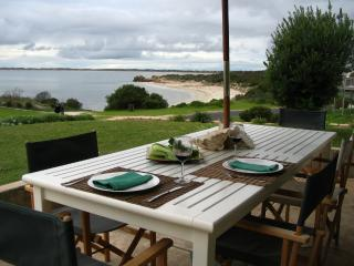 Jacks House - Water front holiday home, Robe
