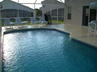 Luxury 6-Bedroom Lakeside Villa near DisneyWorld