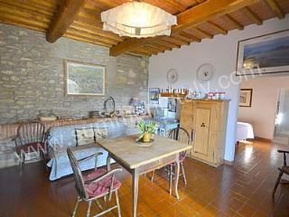 Casa Sparviero B, San Donato in Poggio
