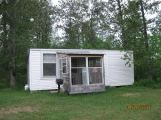 Cabin on the water in northern Ontario, vacation rental in Field