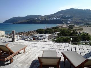 Studio For 1 Guest By The Beach With Sea View (For Single Use), Mykonos