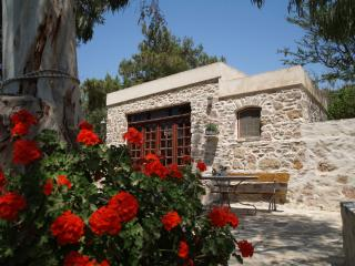 Traditional studio, farm holidays on Syros island