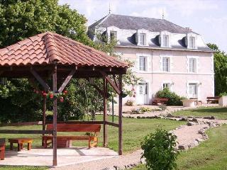 Lovely Estate in France, Saint-Saud-Lacoussière
