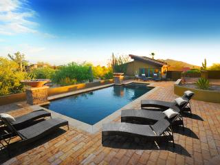 Five-Star Luxury-Spa Like Amenities - Private Pool, Scottsdale