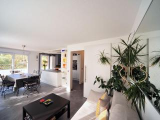 At the heart of Annecy, 2 bedrooms, 4 persons, 4* ranked Magic Moments Appart