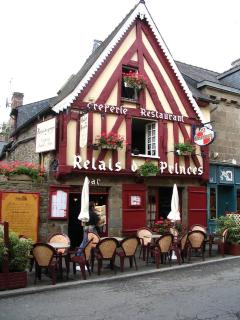 One of the oldest house of Combourg : the 'crêperie' Le Relais des Princes