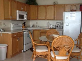 Direct Beach Front Condo with High Speed Internet, Fort Myers Beach