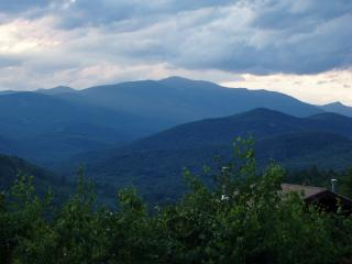 StoryLand-Mt. Washington Condo with Stunning Views, Glen