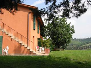 Farmhouse la volpe e l'uva - Apartment Riding, Perugia