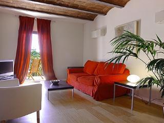 Ramblas Caputxins 4 apartment, Barcelona