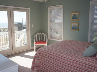 Ocean Front Queen Bedroom