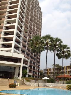 Cha-am Beach club condominium