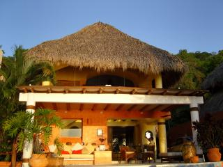 Beatiful house, with the Pacific ocean view