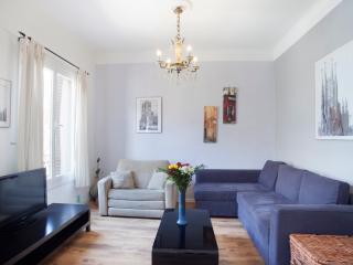 Apartamento doble cerca de Sagrada Familia (12 personas), Barcellona