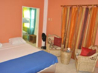 Fish Tobago Guesthouse - Lagoon Apartment, Buccoo