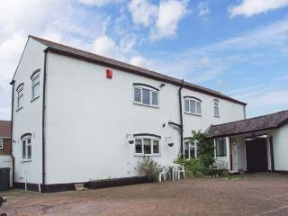 2 DUNNS BANK, near amenities, off road parking, gardens, in Stourbridge, Ref 20726