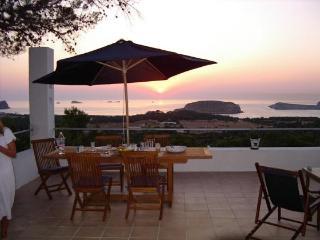 Villa in Cala Conta, Ibiza, Cala Tarida
