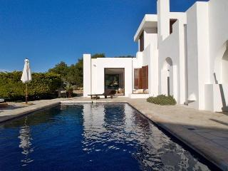 4 bedroom Villa in Calo D En Real, Ibiza, Ibiza : ref 2240101