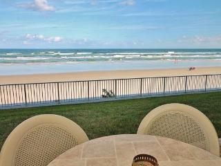 Stay at Sea Coast Gardens- Be Beachfront, New Smyrna Beach